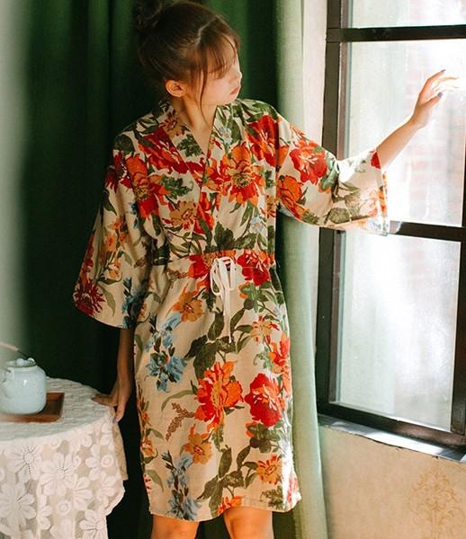 Kiểu váy ngủ kimono mới lạ