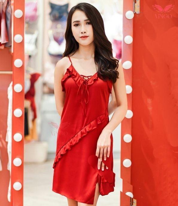 váy ngủ màu đỏ trẻ trung tươi tắn cho ngày đầu năm mới
